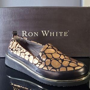 *NEW* Ron White Nellaya Giraffe Women's Slip-On Shoe